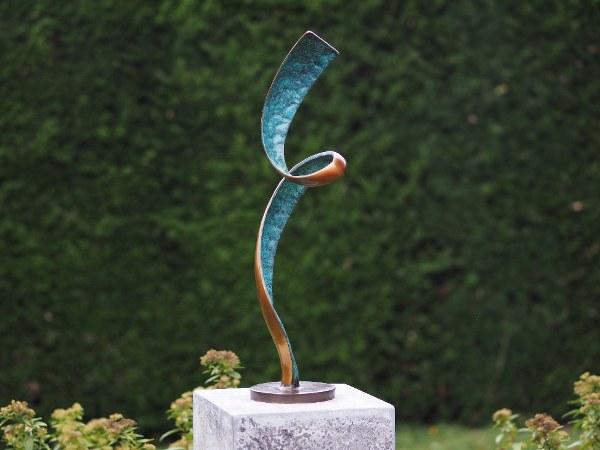statuie de bronz moderna joyard